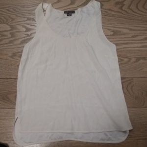 Vince ivory M stretch silk shell blouse tank